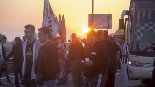 Τελικός Κυπέλλου ΑΕΚ-ΠΑΟΚ: Στην Αθήνα τα πρώτα πούλμαν των οπαδών από τη Θεσσαλόνίκη
