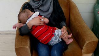 Μια πρόσφυγας μιλάει για τη μητρότητα: «Χαιά σημαίνει ζωή στα αραβικά, αυτό είναι να είσαι μητέρα»