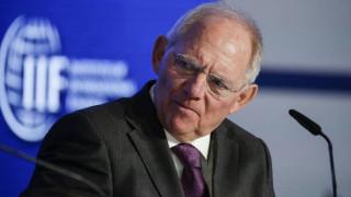 Αλλαγές στον εκλογικό νόμο και μικρότερη Bundestag επιδιώκει ο Σόιμπλε