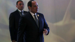 Γνωστός Αιγύπτιος δημοσιογράφος ζητά αλλαγή του Συντάγματος για να επανεκλεγεί ο αλ Σίσι