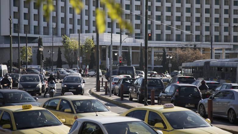 Κυκλοφοριακό «χάος» στους δρόμους της Αθήνας λόγω της απεργίας του μετρό