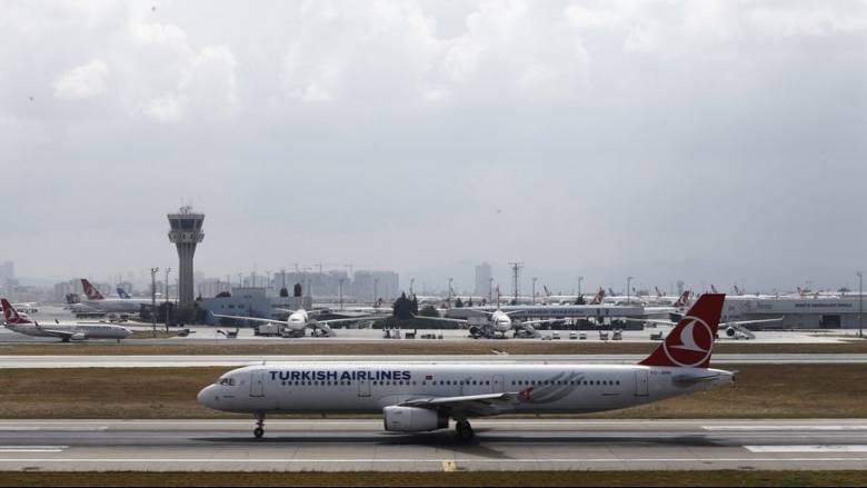 Ατύχημα στο αεροδρόμιο της Κωνσταντινούπολης με δύο αεροπλάνα