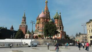 Οι Ρώσοι είναι ευχαριστημένοι από τη ζωή τους αλλά πιστεύουν πως θα 'ρθουν δύσκολες μέρες