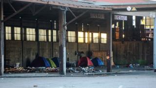 Αστυνομική επιχείρηση στο λιμάνι της Πάτρας για την απομάκρυνση μεταναστών