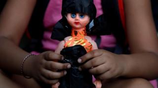 Τα κορίτσια στην Ινδία πεθαίνουν λόγω της διάκρισης των φύλων