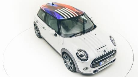 Αυτοκίνητο: Το σπέσιαλ Mini για το γάμο του πρίγκιπα Harry και της Meghan Markle