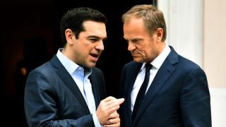 Τσίπρας σε Τουσκ: Εποικοδομητικός ο ρόλος της Ελλάδας για τη σταθερότητα στα Βαλκάνια