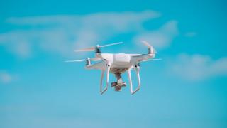 Παράδοση αλληλογραφίας με… drone σε απομακρυσμένα χωριά της Κίνας