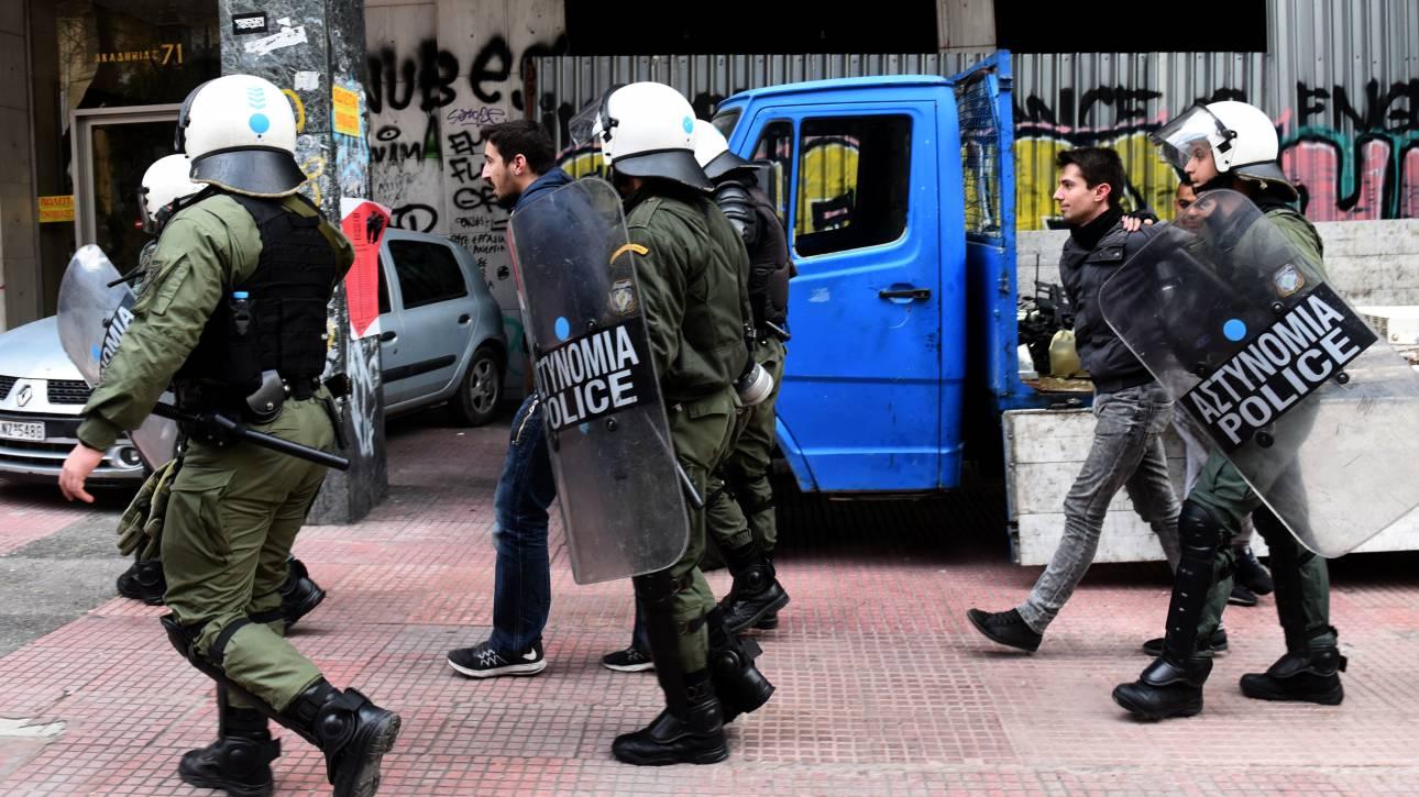 Πάτρα: Επεισόδια σε διαμαρτυρία κατά των ηλεκτρονικών πλειστηριασμών
