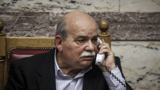 Επικοινωνία Βούτση με τους γονείς των δύο Ελλήνων στρατιωτικών