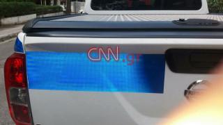 Λιόσια: Αποκλειστικές φωτογραφίες από το αυτοκίνητο της ΟΠΚΕ που δέχθηκε πυροβολισμούς
