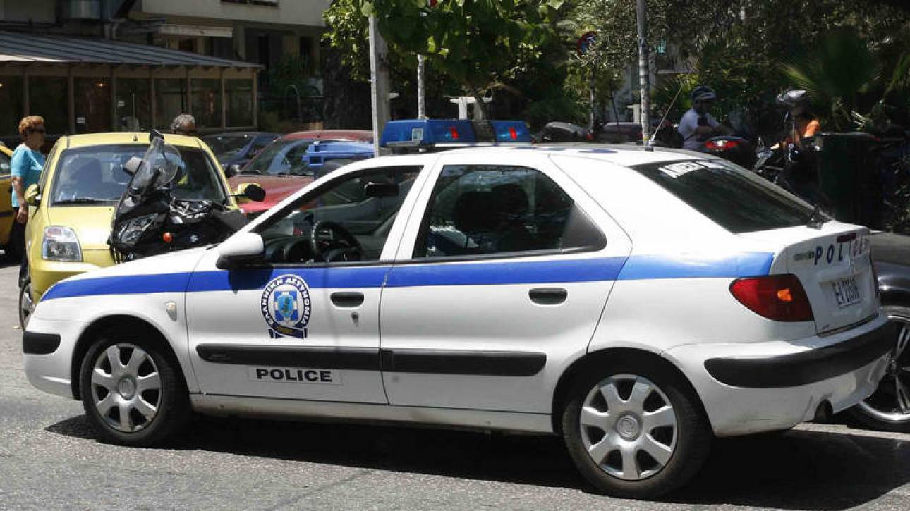 Επιχείρηση της αστυνομίας στην Πεύκη σε αποθήκη που είχε νοικιάσει μέλος της μαφίας φαρμάκων