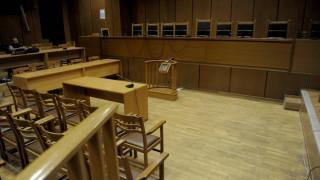 Συνελήφθη ο άνδρας που άρπαξε το όπλο αστυνομικού σε δικαστήριο στο Γύθειο