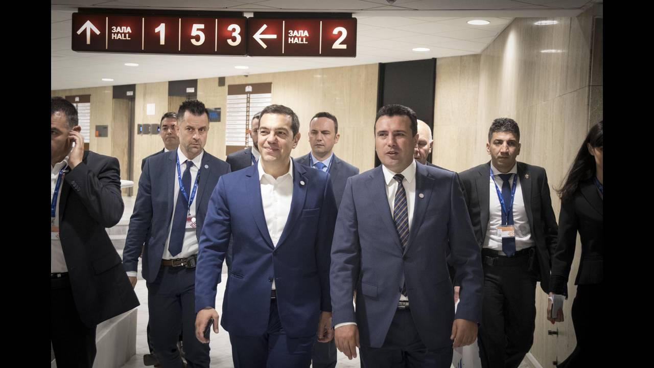 https://cdn.cnngreece.gr/media/news/2018/05/17/130481/photos/snapshot/tsipras-zaef6.jpg