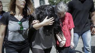 «Είδα το παιδί μου σαν απειλή»: Σοκάρει η 19χρονη μητέρα στην Πετρούπολη