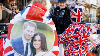 Βασιλικός γάμος: ο Κάρολος θα παραδώσει τη Μαρκλ στο Χάρι-παρανυφάκια οι Τζορτζ & Σάρλοτ
