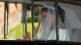 Βασιλικός γάμος: Στο παρεκκλήσι η βασιλική οικογένεια και διάσημοι προσκεκλημένοι