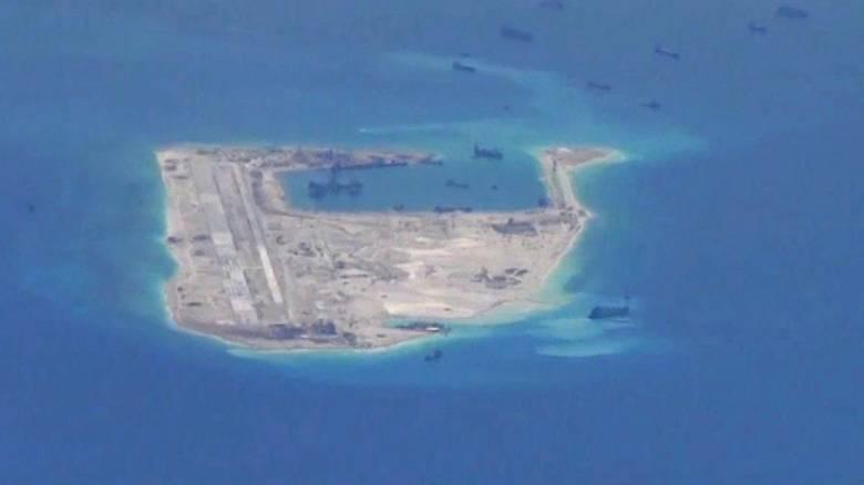 Κινεζικά βομβαρδιστικά στα διαφιλονικούμενα νησιά της Θάλασσας της Νότιας Κίνας