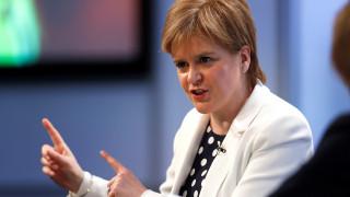 Στέρτζον: Θα επανεξετάσουμε το θέμα της ανεξαρτησίας της Σκωτίας
