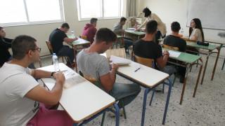 Πανελλαδικές-Πανελλήνιες Εξετάσεις 2018: Οι τρεις παράγοντες που θα διαμορφώσουν τις βάσεις