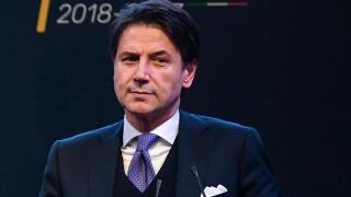 Ιταλία: Τον Τζουζέπε Κόντε επιλέγουν για πρωθυπουργό τα Πέντε Αστέρια