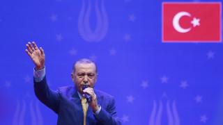 Die Welt: Η στρατηγική του Ερντογάν για να κερδίσει τους μουσουλμάνους των Βαλκανίων