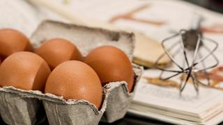 Νέα επιστημονική έρευνα «αποποινικοποιεί» την κατανάλωση αυγών