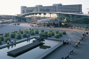 Amsterdam Airport Schiphol (AMS)