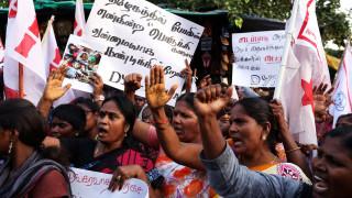 Νεκροί διαδηλωτές από αστυνομικά πυρά στην Ινδία