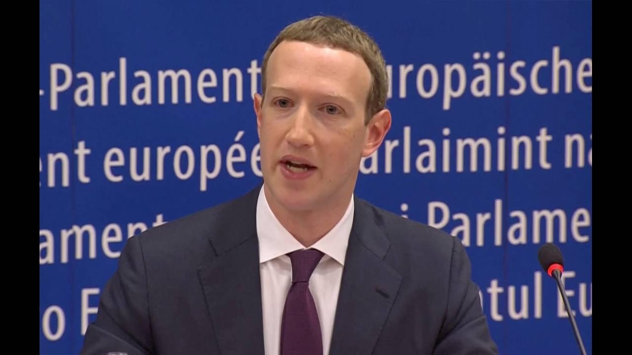 https://cdn.cnngreece.gr/media/news/2018/05/22/131167/photos/snapshot/2018-05-22T164120Z_88528027_RC1F2CD7BE60_RTRMADP_3_FACEBOOK-PRIVACY-EU.JPG