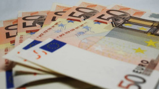 Στη ρύθμιση των 120 δόσεων χρέη έως 125.000 ευρώ