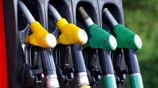 Αιτήματα για άμεση παρέμβαση Τσίπρα για τις τιμές των καυσίμων