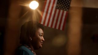 Γυναίκες ξεχωρίζουν στη μάχη για τις ενδιάμεσες εκλογές των ΗΠΑ