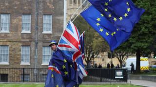 Το Brexit αυξάνει τις αιτήσεις των Βρετανών για γερμανική υπηκοότητα
