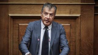 Θεοδωράκης: Το μοντέλο ΣΥΡΙΖΑ-ΑΝΕΛ απέτυχε