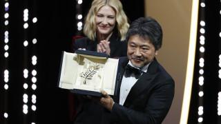 Κάννες: ο νικητής του Χρυσού Φοίνικα συμμαχεί με την Κατρίν Ντενέβ