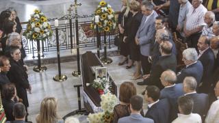 Χάρρυ Κλυνν: Τελευταίο «αντίο» στον δημοφιλή καλλιτέχνη