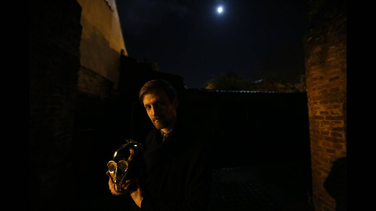 https://cdn.cnngreece.gr/media/news/2018/05/25/131636/photos/snapshot/star-wars-collector6.JPG