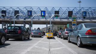 Συνεχίζεται η έξοδος των εκδρομέων για το τριήμερο – Αυξημένη κίνηση σε λιμάνια και εθνικές οδούς