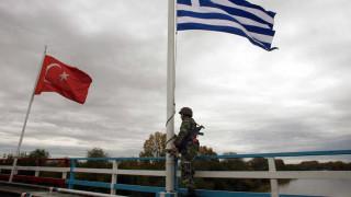 Συνελήφθησαν 26 Τούρκοι πριν περάσουν στην Ελλάδα μέσω Έβρου