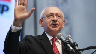 Ο Κιλιτσντάρογλου υπόσχεται να άρει την κατάσταση έκτακτης ανάγκης εάν κερδίσει τις εκλογές