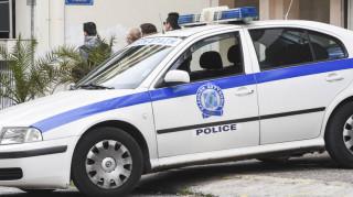 Σύλληψη νεαρών που εξαπατούσαν ηλικιωμένους στην Αττική