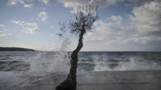 Αγίου Πνεύματος: Η σημερινή πρόγνωση του καιρού