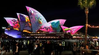 Παιχνίδια φωτός: Το Σίδνεϋ ένας πελώριος καμβάς