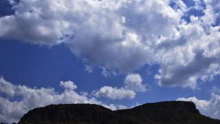 Καιρός: Νεφώσεις με πιθανές καταιγίδες στα βορειοδυτικά την Τρίτη