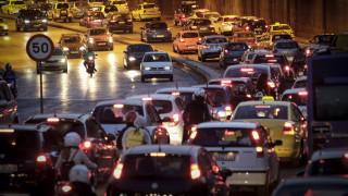 Επιστροφή των εκδρομέων στη Θεσσαλονίκη – Πού εντοπίζεται αυξημένη κίνηση