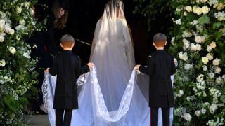 Βασιλικός γάμος: εκεχειρία για το νυφικό «αντίγραφο» της Μέγκαν Μαρκλ