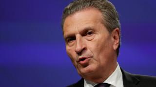 Σχόλιο του Έτινγκερ προκάλεσε «θύελλα»: Οι χρηματαγορές θα μάθουν τους Ιταλούς να ψηφίζουν