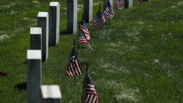 ΗΠΑ: 34χρονος βεβήλωσε 200 τάφους με αγκυλωτούς σταυρούς