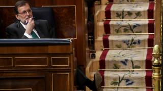 Ισπανία: Την πρόταση μομφής κατά του Ραχόι συζητούν οι βουλευτές